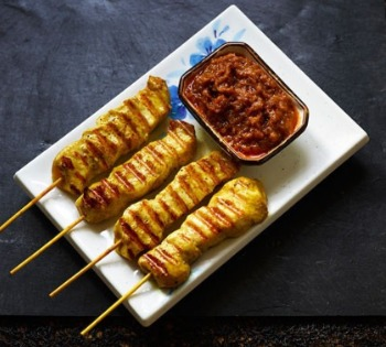 Food photography for the small business satay