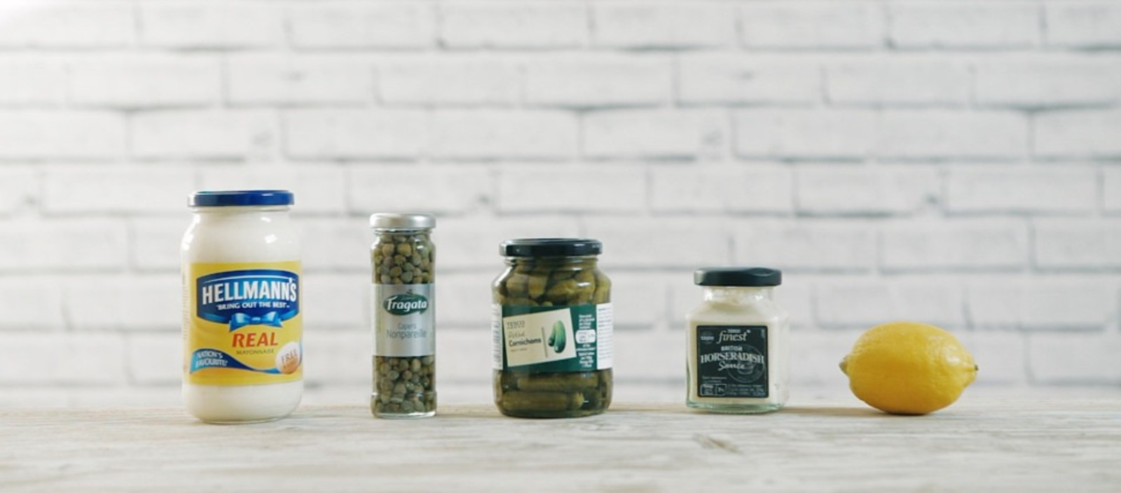 Film : Simple homemade Tartare sauce jars
