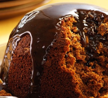 Professional tips for your Christmas food photography chocolate pudding